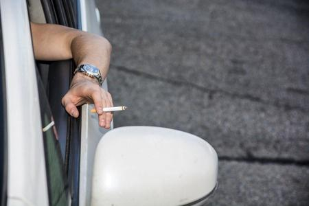 Smoking in Cars with Children set to be Made Illegal